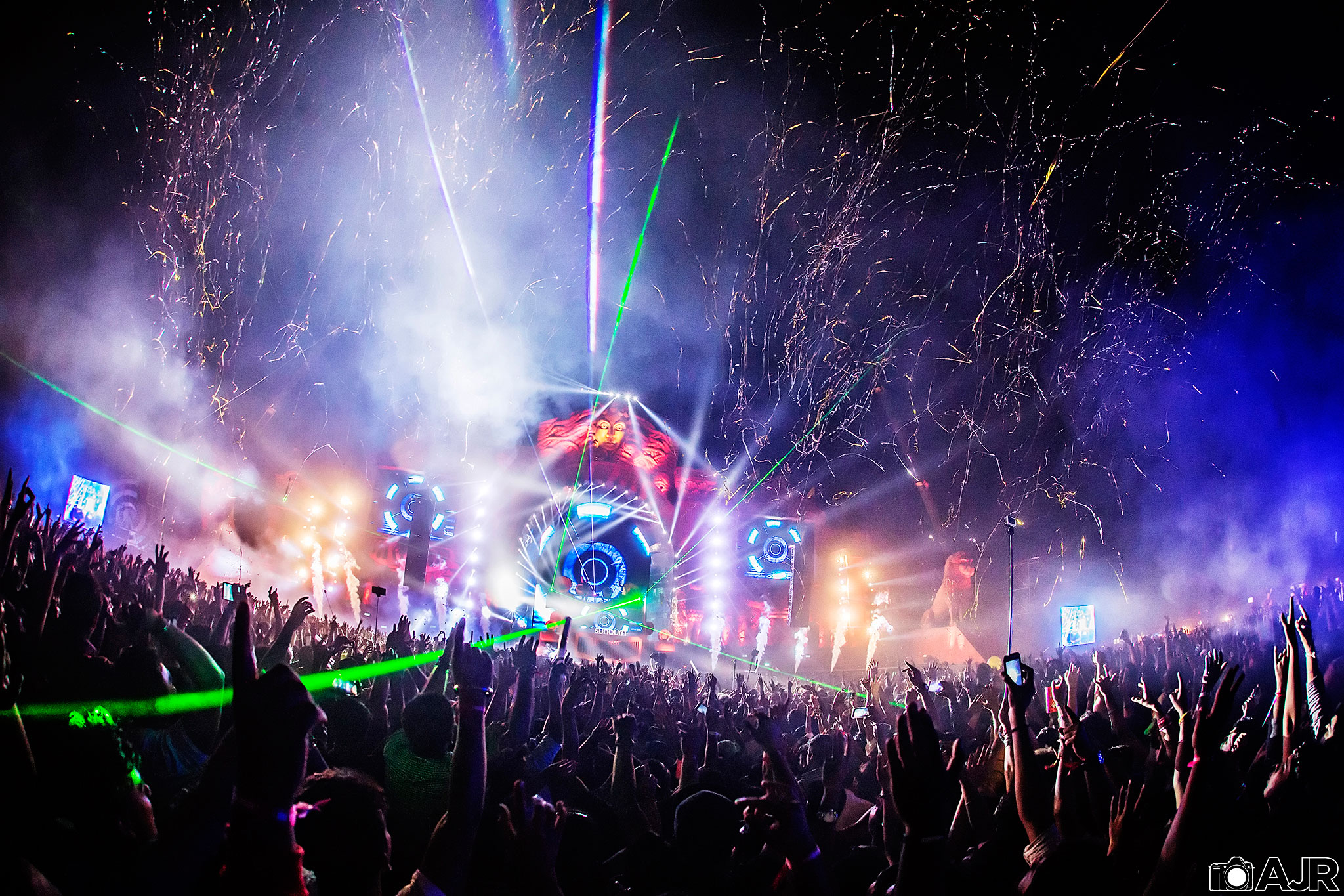 Sunburn Festival in Goa, India, photographed by Andrew Rauner